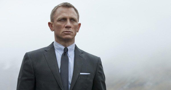 James-Bond-Panic-Daniel-Craig-Undecided